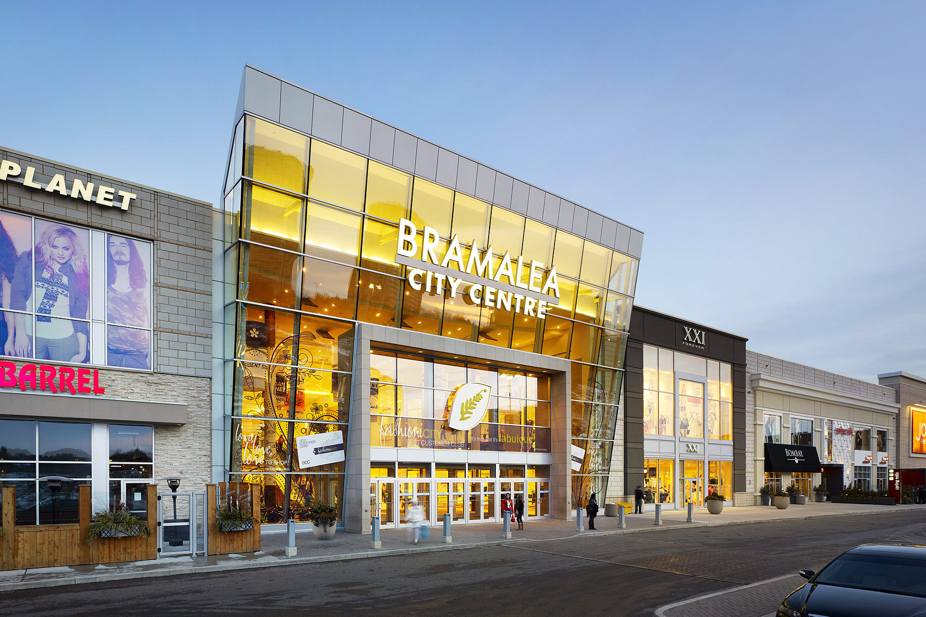 Centennial Mall is located in Brampton, Ontario - Vodden St E, Brampton, ON L6V 1N2 (GPS: , ). Look at the list of stores in Centennial Mall, hours, location and information about mall and special events, sales, coupons/5(1).