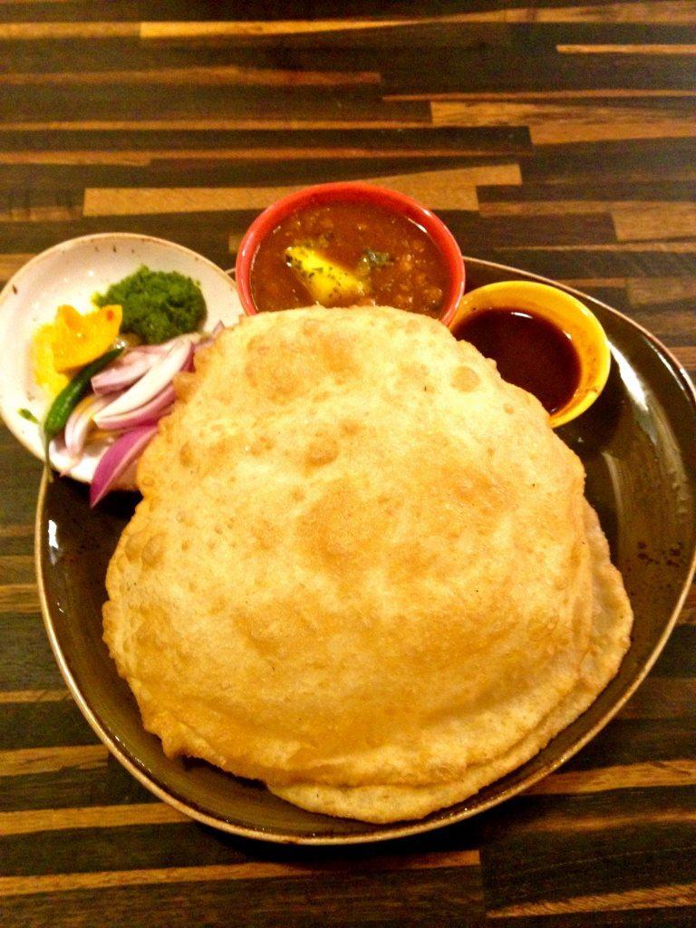 Chana Bhatura (or Puri) (Raman Nijjar)