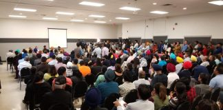 Residents pack a Community Town Hall Event To Express Issues with Youth Violence // Courtesy of Mayor Linda Jeffrey's Facebook Page