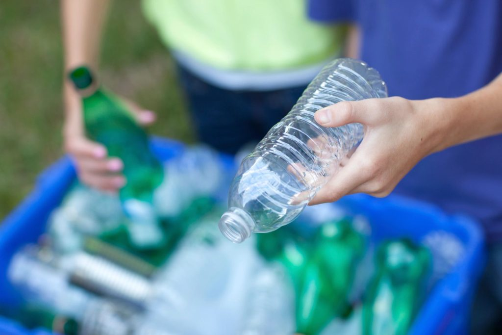 20 Items That Shouldn T Actually Go In Your Recycling Bramptonist