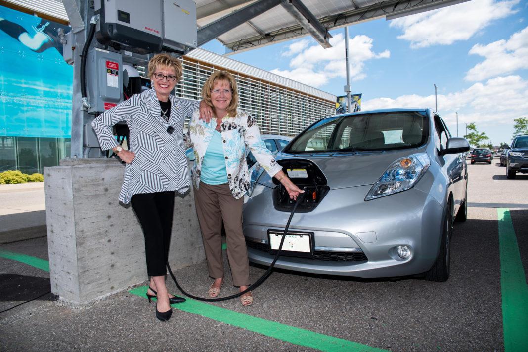 Brampton Launches Gta S First Solar Electric Car Charging
