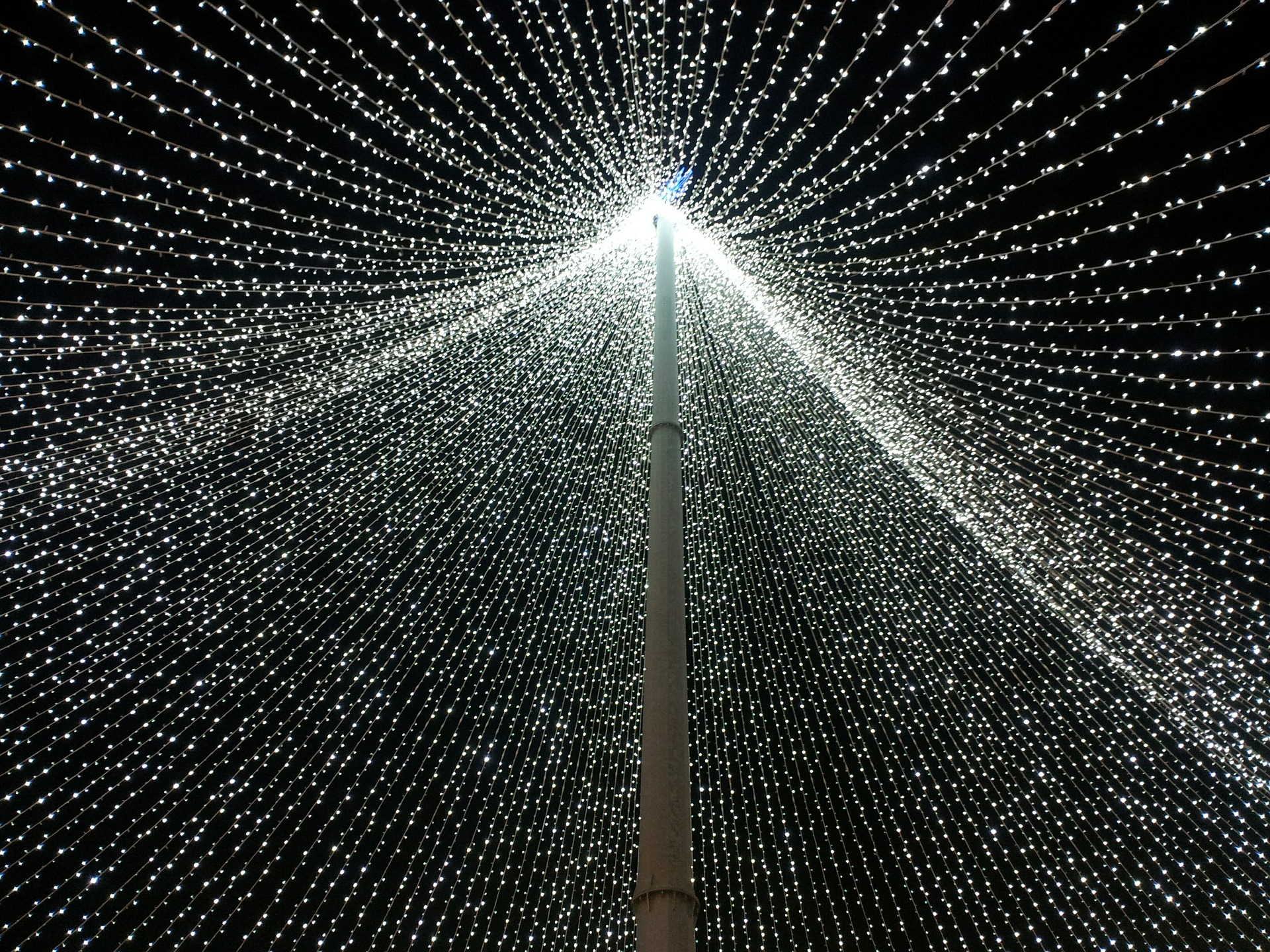 This Epic Twinkle Light Tunnel Is Just 1 Hour From